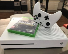 Xbox ONE S 500gb + call of duty