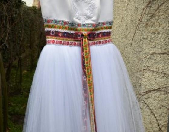 da57527104c7 Oblečenie predaj   ponuka Bratislava I Popolnocne saty folk svadobne ...