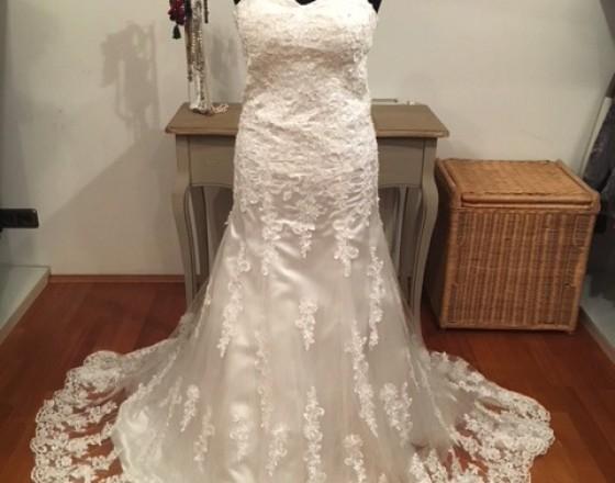 9bf27844be1c Oblečenie predaj   ponuka Bratislava I Predám svadobné šaty